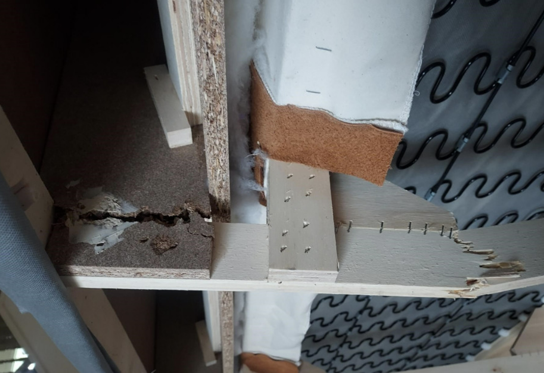 ikea-particleboard-crack